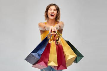 Bevásárlótáskát gyártó partnereket keres lengyel cég
