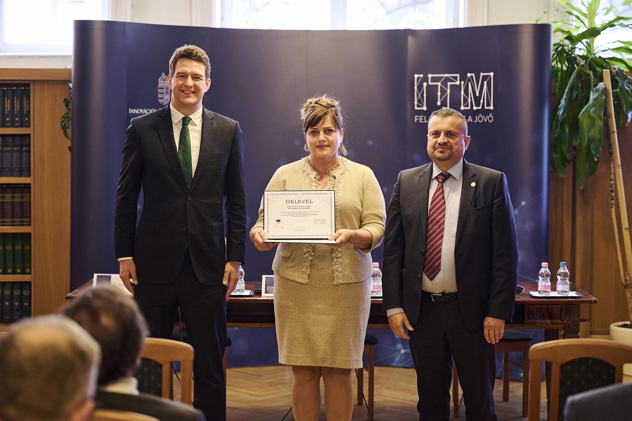 """Európai Vállalkozásfejlesztési Díjas a """"Kamara a vállalkozásokért"""" kurzus"""