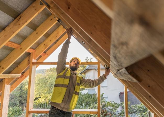 Szimpózium a 2021. évi építőipari jogszabályváltozásokról