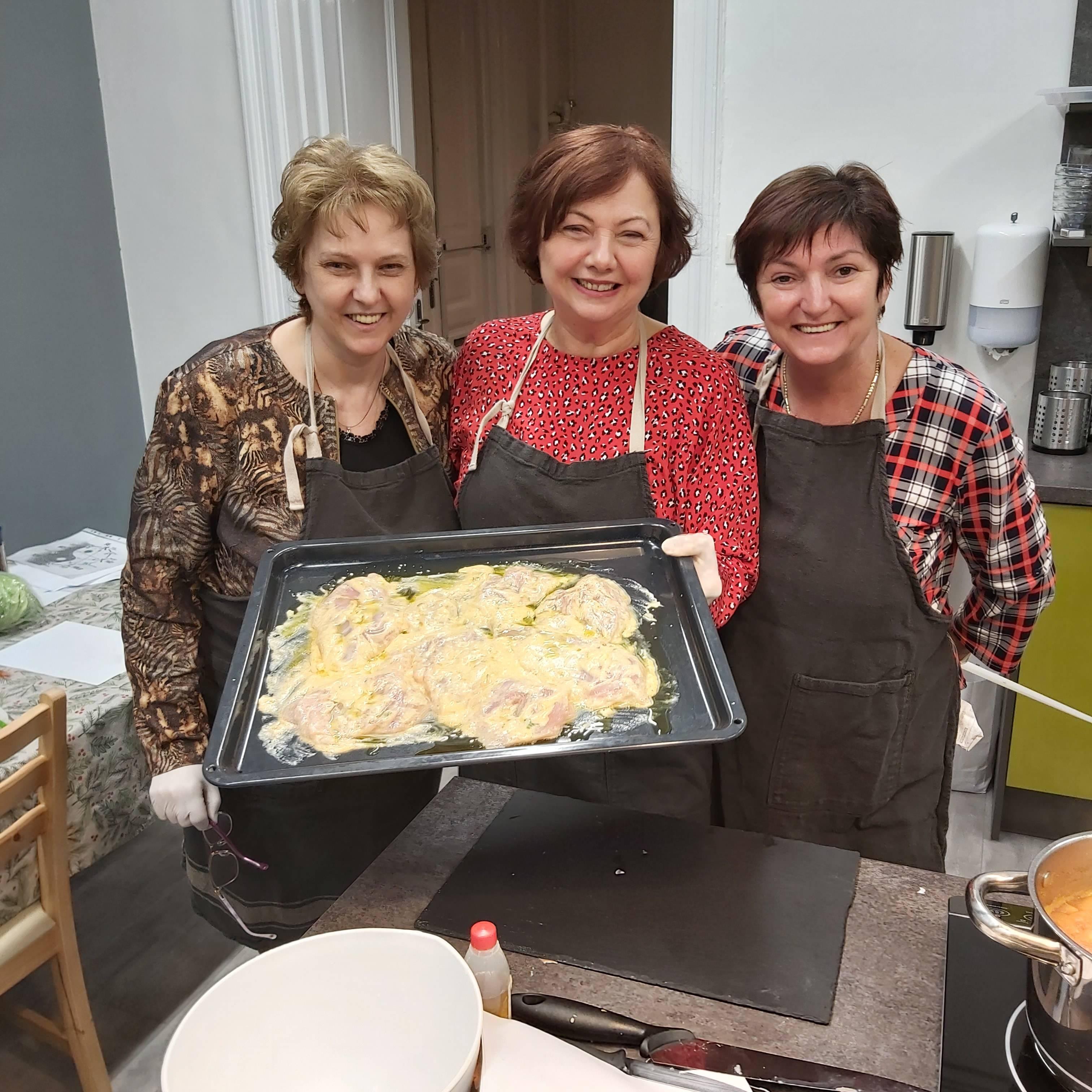 Az 5 elemes főzés elméletével és gyakorlatával ismerkedett a Női Vállalkozói Klub