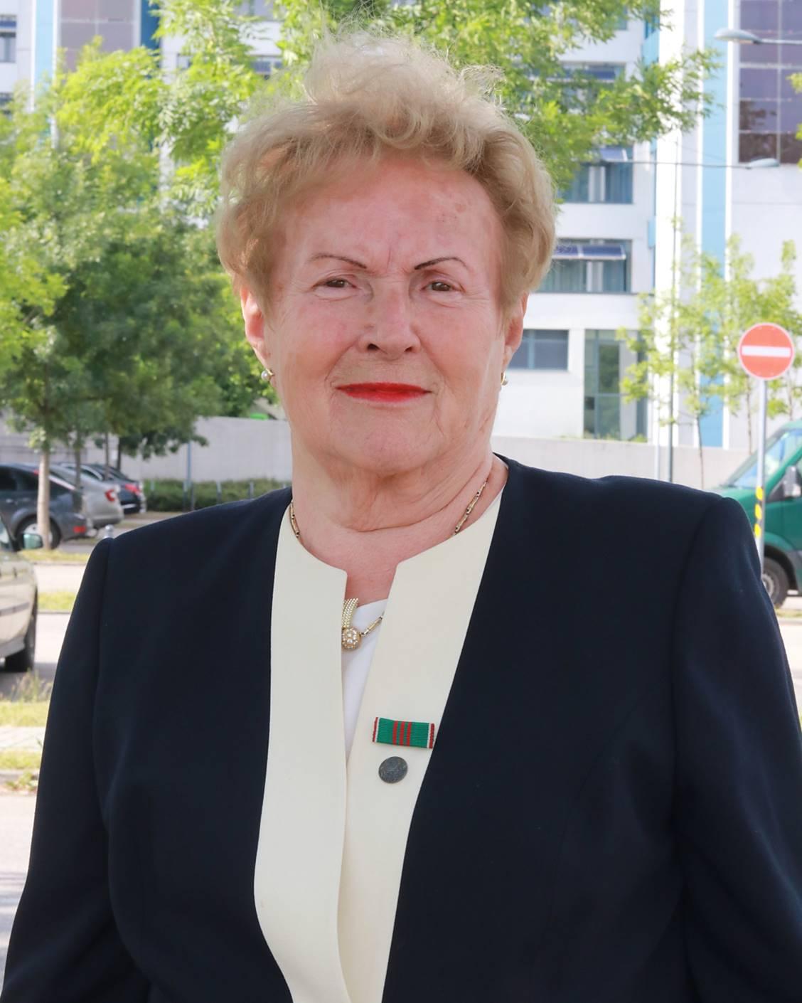 Gyászhír: Elhunyt Bognár Gyuláné