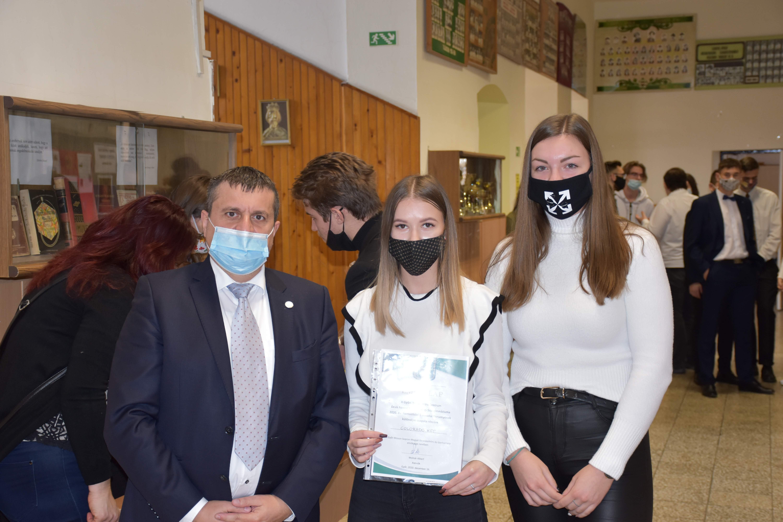 Támogattuk a Deák Ferenc Szakgimnázium tanirodai versenyét