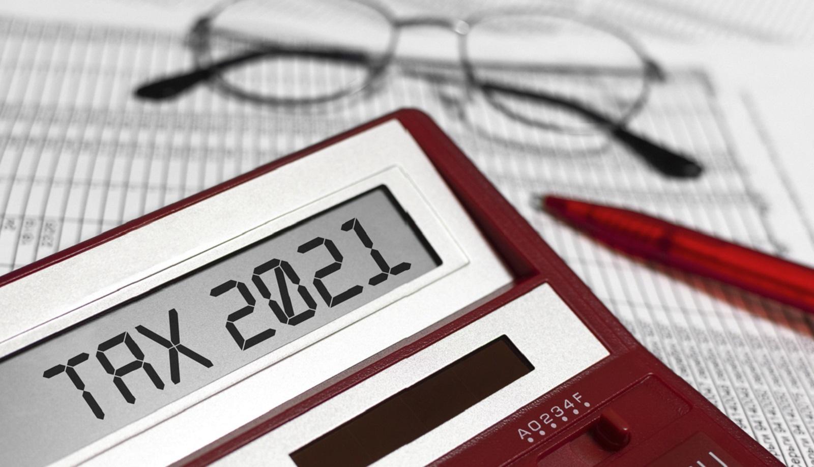 Kivás adózók ellenőrzése májustól
